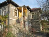Къща с двор в с.Велика-Къщи