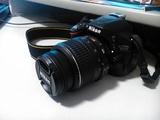 Nikon d5100 18-55 kit + sd карта toshiba 16gb + чанта Никон-Фотоапарати