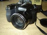 Продавам фотоапарат Fujifilm Finepix S1800/12MP + подарък-Фотоапарати