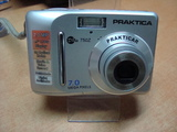 Praktica Dpix 750Z-Фотоапарати