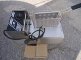 Фритюрници нови 3 литра професионални на ток 2.5 kw.-Фритюрници