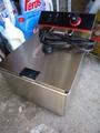 Фритюрници нови на ток или газ 11 литра . 4 kw.-Фритюрници