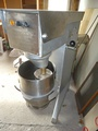 Планетарен миксер 30литр. втора употреба със две приставки-Кухненски роботи