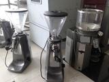 Кафемелачка втора употреба за Магазин професионална-Кафемашини
