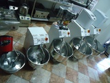 Тестомесачки тип Вилични Нови-Кухненски роботи
