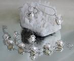 Комплект от пет части бели перли на промоция-Комплекти