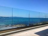 Парапети от стъкло-Строителни