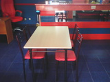 Продавам 2 нови комплекта столове и маси-Мебели и Обзавеждане