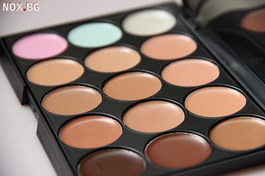 Разноцветна палитра-15 цвята   Дамска Козметика   Велико Търново