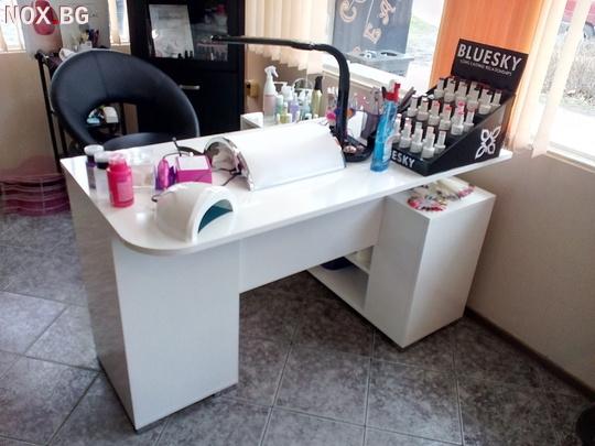 Бюро за маникюр - Бял гланц | Мебели и Обзавеждане | Пловдив