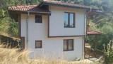 Продажба на къща в Момчиловци-Къщи