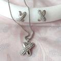Комплект бижута обеци с винтчета и колие X с камъчета-Комплекти