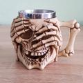 Масивна 3D чаша череп с ръце на очите и паяжина на гърба 400-Дом и Градина