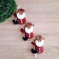 Коледна украса за окачване Дядо Коледа 3 броя на въженце-Изкуство